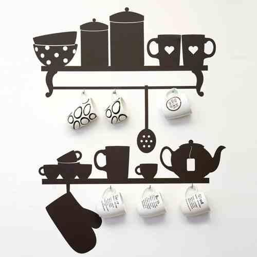 Naklejki ścienne w postaci naczyń kuchennych (źródło: pinterest.com)