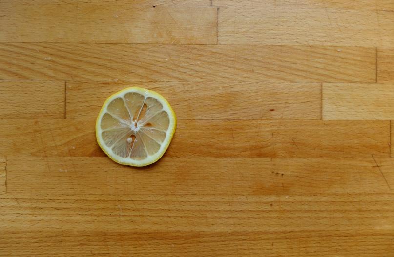 jak usunąć rysy z blatu kuchennego