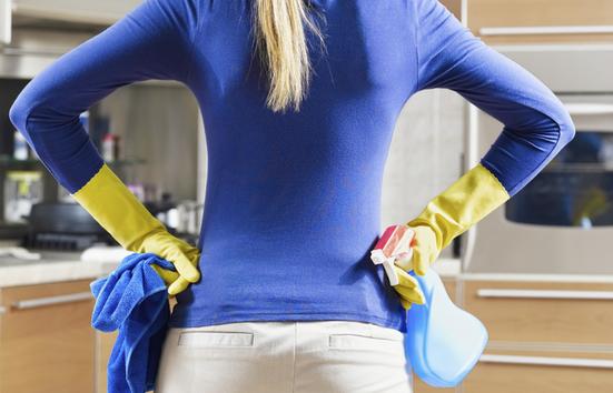 jak skutecznie posprzątać kuchnię